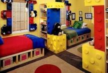 Tanner: Legos