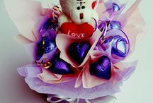 Sashayhuney Edible Creations / Chocolate Bouquets, Edible Creations created by a stay home mum ..   https://www.facebook.com/sashayhuneyediblecreations/