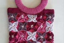 Bags and purses (crochet - felt - fabric) / Raccolta di borse e pochette creati all'uncinetto, con la stoffa e con il feltro