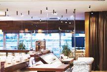 Ресторан terrassa / Видовой ресторан terrassa расположен на крыше одного из самых высоких зданий в центре Петербурга. Невский проспект и Казанский Собор здесь можно увидеть, не отрываясь от трапезы.