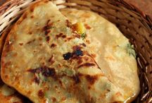 Indian Breads / Breads from India -  roti, naan, paratha, puri bhatura etc