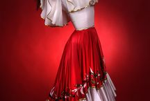 roupas / by karla koschel