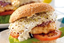 Salmon Burgers and Sandwiches / Salmon burgers and sandwiches are crowd-pleasing meal options that are delicious, nutritious and perfect for lunch or dinner! They can be prepared multiple ways, and enjoyed with an array of toppings for a completely customizable meal.