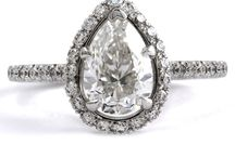 Our Pear Shaped Engagement Rings