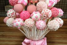 Cake Pops / Cake pops are cute, quirky and tiny bites of heaven! Here are some fun pops we've spotted and just had save