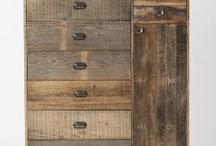 Мебель из старого дерева