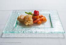 Creazioni allievi di cucina / Complimenti ai nostri allievi di cucina! Dopo solo 7 mesi di corso pratico, sono in grado di creare piatti e menù da ristorante. Si ringrazia per le fotografie www.nuoveofficinefotografiche.it