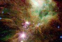Uzay-Nebula-Gezegenler