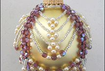 Beaded Baubles / by Connie Nolan