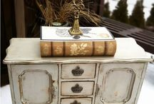 DECOR painted furniture