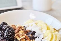Healthy and Delicious Breakfast / by Christianna Mendoza