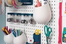 DIY: Pegboard / I love the versatility of pegboard and slatboard. I have some kicking around the house I want to use in certain rooms but unsure how just yet. Here are some inspirations I found.