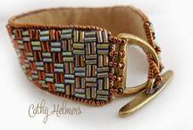 Buggle beads