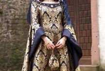 Tenues femmes XVème siècle