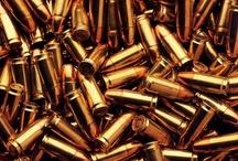 L I V E  B Y  T H E  G U N / Die by the gun