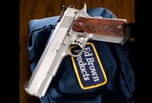Pistols / by Ted Murfree