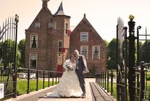 #Trouwen in Westerwolde locatie #Wedderbergen / Van harte gefeliciteerd! Jullie gaan trouwen! ♥  Al bijgekomen van het romantische aanzoek? En al helemaal gewend aan die prachtige ring om je vinger? In deze heerlijke roes  begint natuurlijk ook dé zoektocht naar het podium voor jullie mooiste dag straks, wij zijn vereerd dat deze zoektocht begint bij Wedderbergen.   Zijn jullie geïnteresseerd in een ongedwongen sfeer het liefst in de stijl van een uniek, origineel en onverwacht feest?  Dan zijn jullie bij ons aan het goede adres!