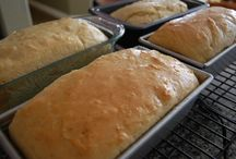 Breads, Biscuits and Rolls / by Tiffany Neuschafer