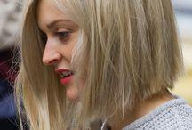 Hår / Frisyrer och hår