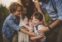 Feel love / family posing