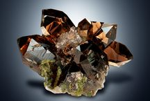 ELVETIA Crystals. / Crystals and smoky quarz. Collected in Switzerland. #elvetiacrystal