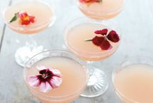 WEDDING DRINKS + COCKTAILS / Who doesn't love a great cocktail or a glass of champagne at a wedding? We've poured over Pinterest in search of the ultimate luxe champagne + signature cocktails for your wedding day.