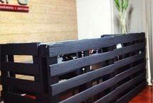 Pallet Reception Desks / Wood pallet reception desk ideas.