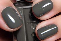Beauty: Nail Colour Lemmings / by Kaitlyn L