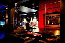 New Orleans Gentlemen's Club & Night Restaurant / New Orleans Club i Warszawa är en elegant och sinnlig nattklub med pulserande nattliv i huvudstadens kärna.