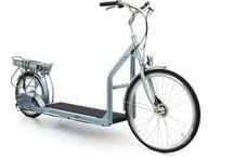 Lopifit / Laufband auf Rädern – Lopifit (zu Deutsch – Lauf dich fit) ist eine Kombination aus dem Laufband und einem Fahrrad mit E-Motor. Man läuft also auf diesem Gefährt und setzt es durch die Bewegung in gang . Der Motor erhält dann ein Signal und unterstützt Sie, so dass gemütliches Spazieren ausreicht, um eine Geschwindigkeit zu erreichen, wie Sie diese vom Fahrradfahren kennen. Geht es mal ein Stück bergab können Sie dieses Lopifit auch im Leergang nutzen und so einfach nur den Hügel runterrollen.