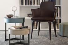 Mese și scaune zona living/dining / Indiscutabil protagonistele zonei living și nu numai, mesele și scaunele sunt elementele centrale de amenajare ale căminului, LEMA abordând un stil relaxat și dezinvolt.