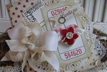 Paper Crafts: Cards / by Darlene Kearns