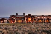 бревенчатые дома / wooden houses