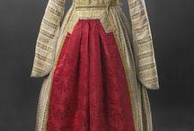 historic Jewish women clothing