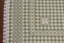 toalha em tecido xadrez verde