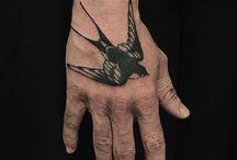 tradycyjny tattoo