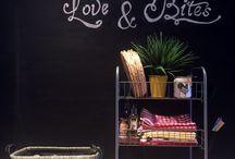 Kara Tahta Boyası ile Ev Dekorasyonu / Kara tahta boyası ile ev dekorasyonu :  kara tahta pano, kara tahta duvar dekorasyonu, sıvı tebeşir kalemi, kara tahta fikirleri