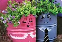 One of each / Flowerpots