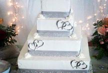 Wedding Cakes / by Renea Owens