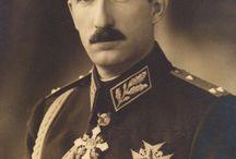 Eastern European Uniforms / Romania, Bulgaria, Czechoslovakia, Yugoslavia, Poland, Greece,  etc.