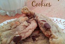 Desserts / Yummy & Beautiful sweet treats that I cannot wait to try! / by Alexandria Killian