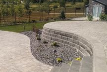 Stone / Retaining Walls, Paver Stones and Boulders