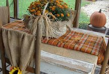 Table and decorating ideas / by Shirley Meece