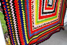 Vintage Blankets, Fabric, Rugs and Linens