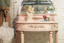 Shabby Pink / by Dorothy Norris