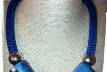 Collane cordone climbing / Collane realizzate con cordone climbing e tubi di ceramica greca. Tutti i componenti sul sito www.ilbijouxchevale.it