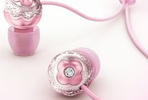 Cute and girly earphones ♥