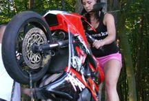 Symulator motocykla WheelieMachine.pl / Wynajem symulatora  motocykla 600950777 wheeliemachine wynajem