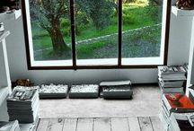 Fenêtres sur mesure / Belles, personnalisées, les fenêtres sur mesure en PVC, ALU ou BOIS sont le meilleur moyen pour donner une touche unique à votre habitation.