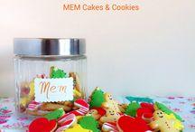 Tarros de mini galletas de Navidad / Galletas de vainilla con fondant de varios colores.